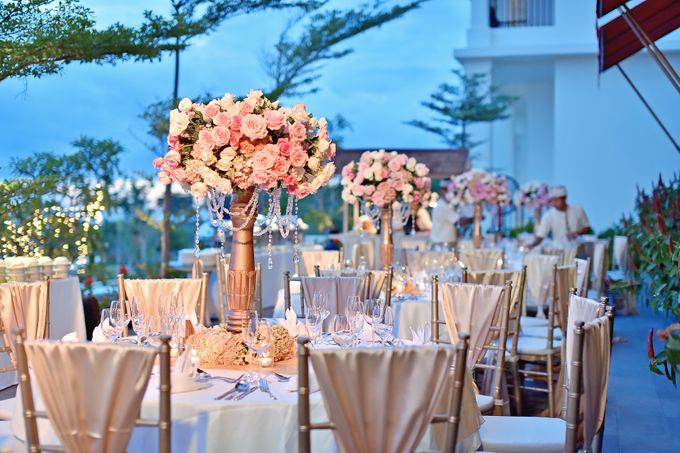 Elegant Wedding for Donna & Ricky by magical blossoms - 020