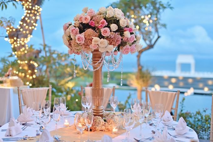 Elegant Wedding for Donna & Ricky by magical blossoms - 021