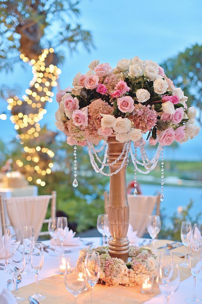 Elegant Wedding for Donna & Ricky by magical blossoms - 022
