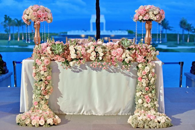 Elegant Wedding for Donna & Ricky by magical blossoms - 023