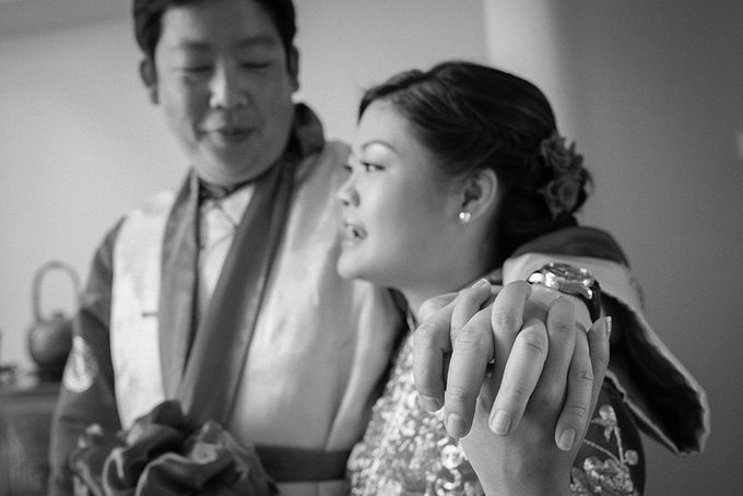 When an English gentleman meets a woman from Downunder by Feelm Fine Art Wedding Photography - 011