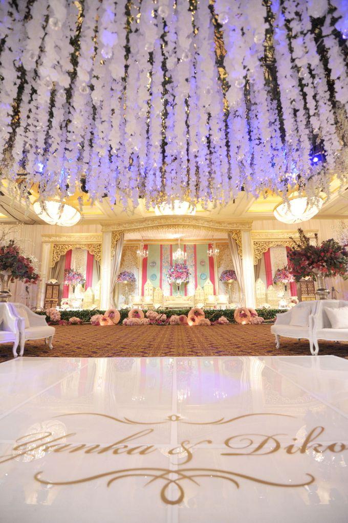 Yanka diko wedding by timur angin wedding bridestory add to board yanka diko wedding by timur angin wedding 007 junglespirit Choice Image