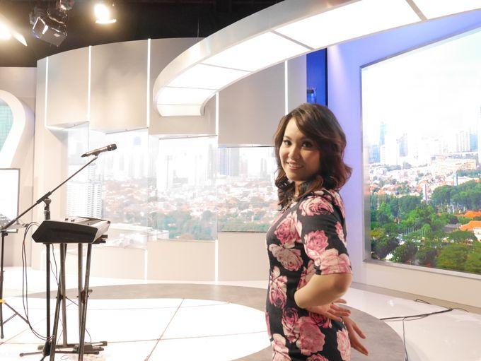 Kompas TV Interview and Performance by ShiLi & Adi - 001