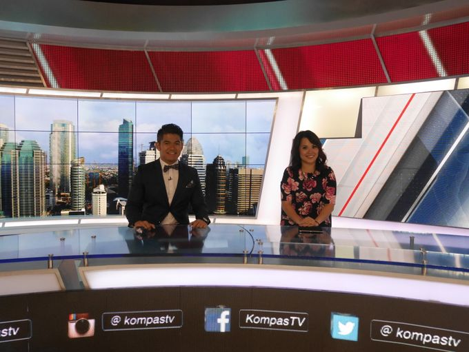 Kompas TV Interview and Performance by ShiLi & Adi - 006