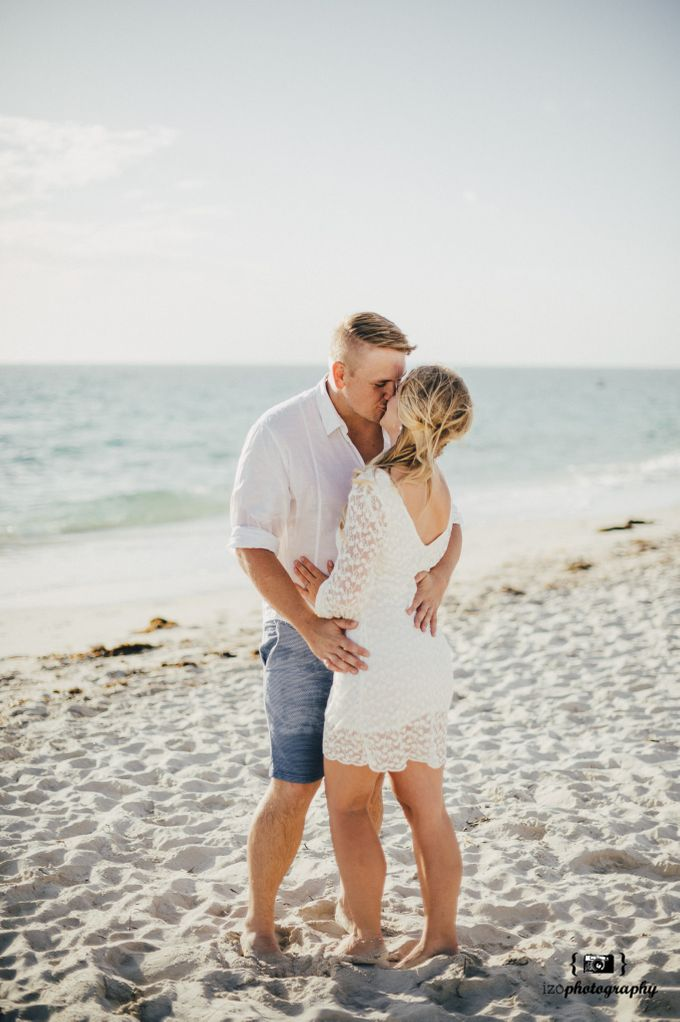 Riechanne and Travis Engagement Session by iZO Photography - 009