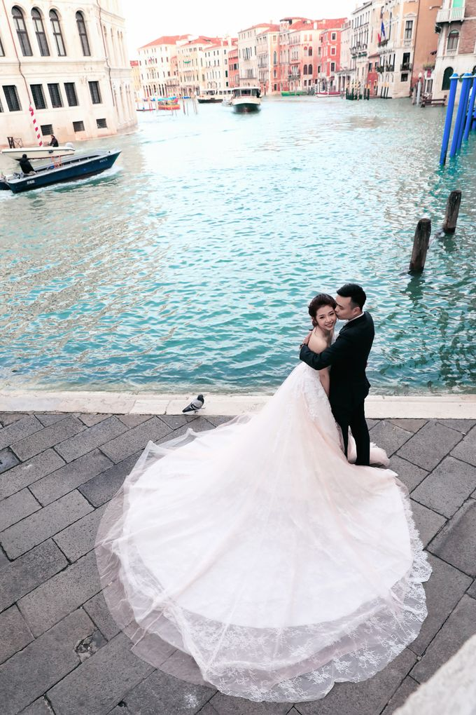 A Romantic Pre-Wedding in Venice-Italy by DUC THIEN PHOTOGRAPHY - 002