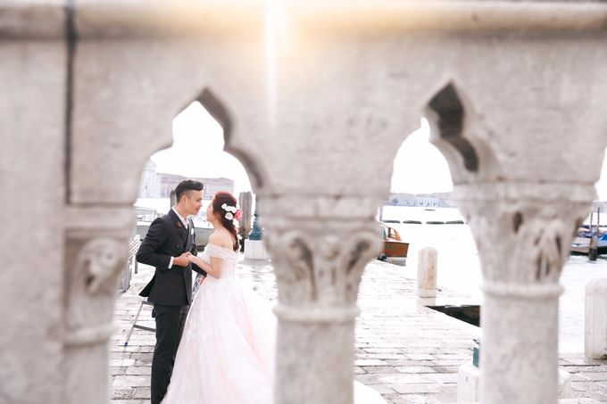A Romantic Pre-Wedding in Venice-Italy by DUC THIEN PHOTOGRAPHY - 007