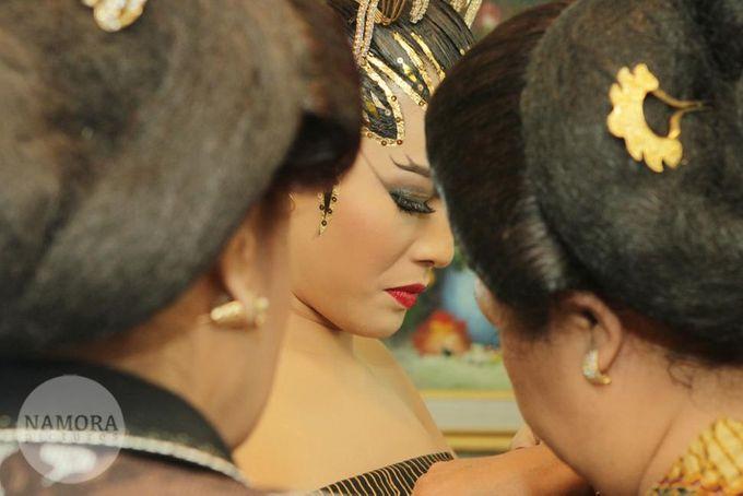 Dian Sastrowardoyo & Indraguna Soetowo by NAMORA PICTURES - 006