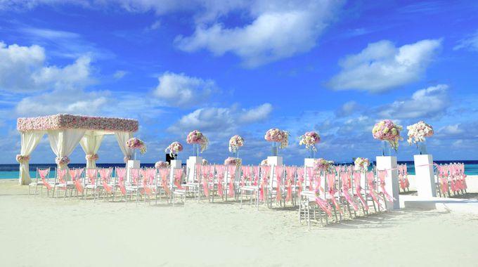Amy & David's Dream Destination Wedding in Maldives. by Asad's Photography - 005
