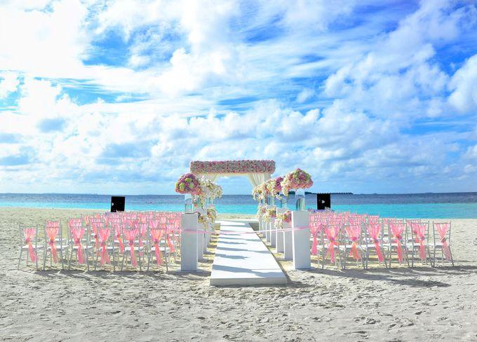 Amy & David's Dream Destination Wedding in Maldives. by Asad's Photography - 006