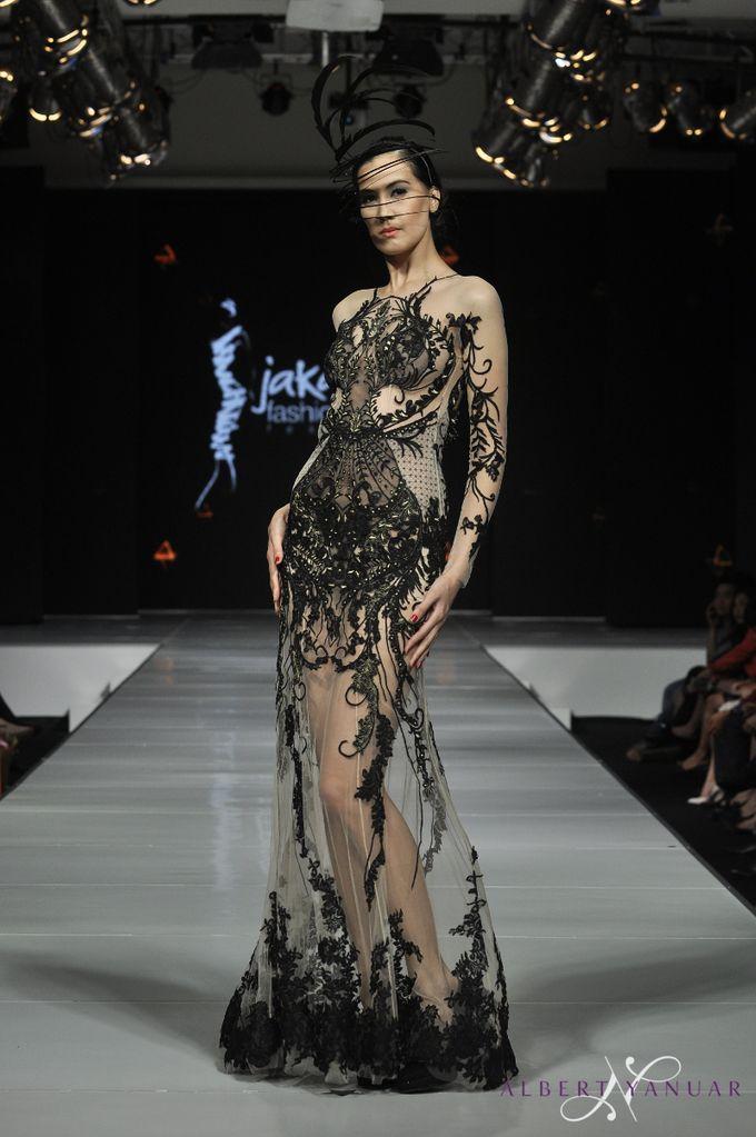 SPRING SUMMER 2015 MINERALOID - Jakarta Fashion & Food Festival by Albert Yanuar - 013