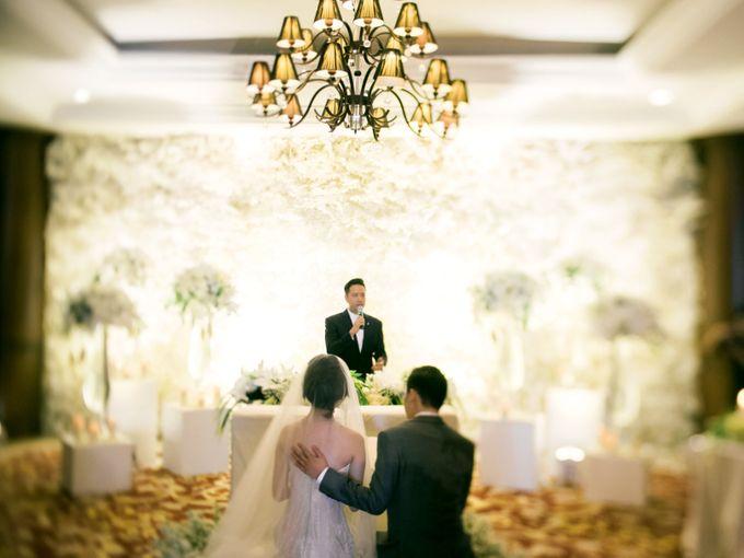 WEDDING OF INDARTA & BELINDA by isamare - 017
