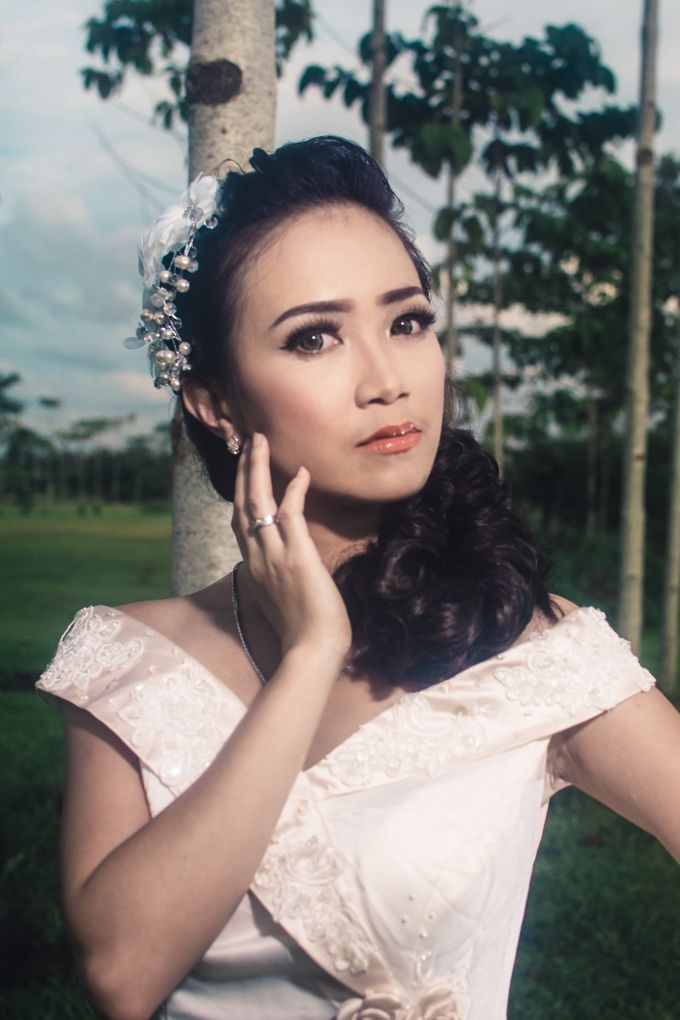 Soft Wedding Look by CIA MAKEUP ARTISTRY - 008