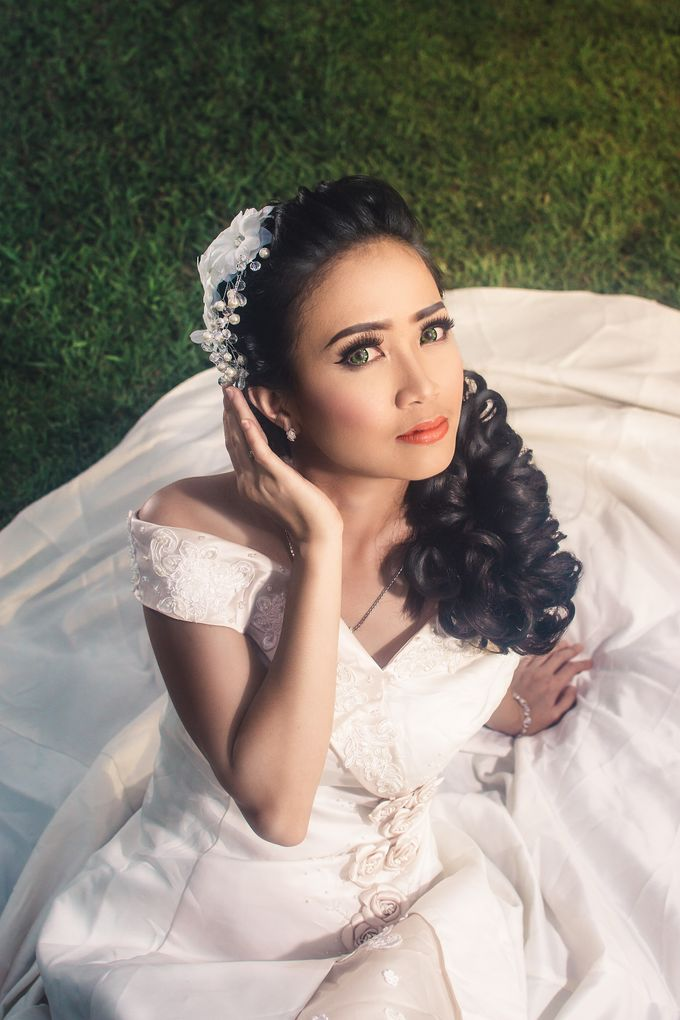 Soft Wedding Look by CIA MAKEUP ARTISTRY - 009