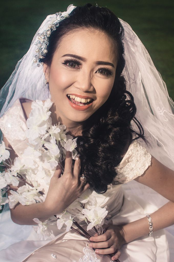 Soft Wedding Look by CIA MAKEUP ARTISTRY - 001