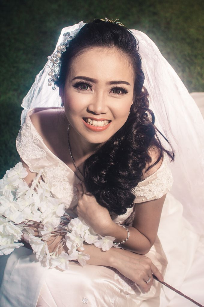 Soft Wedding Look by CIA MAKEUP ARTISTRY - 004