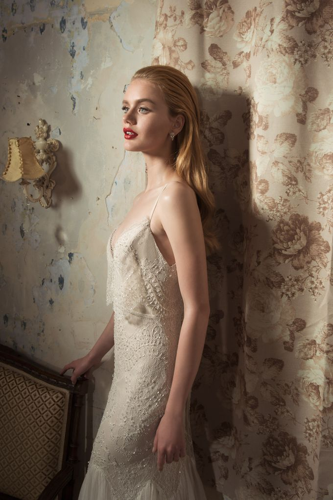 The Vered Vaknin 2016 Bridal Gown Collection by Vered Vaknin - 030