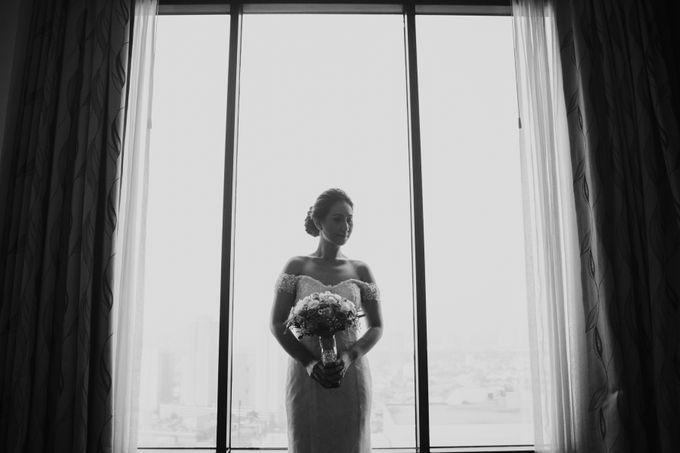 Yayaati and Sam Rooftop Wedding by James Morrison Photo - 020