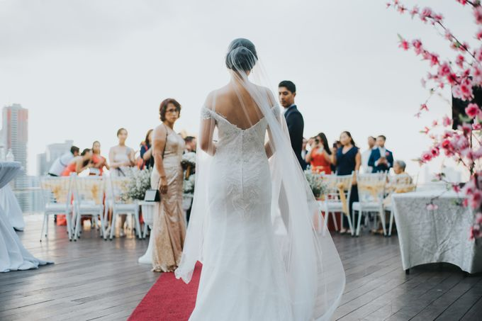 Yayaati and Sam Rooftop Wedding by James Morrison Photo - 032