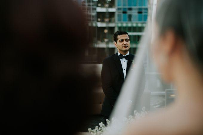 Yayaati and Sam Rooftop Wedding by James Morrison Photo - 033