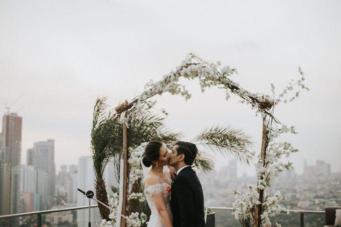 Yayaati and Sam Rooftop Wedding by James Morrison Photo - 037