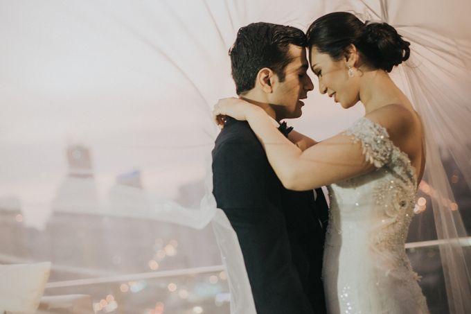 Yayaati and Sam Rooftop Wedding by James Morrison Photo - 040