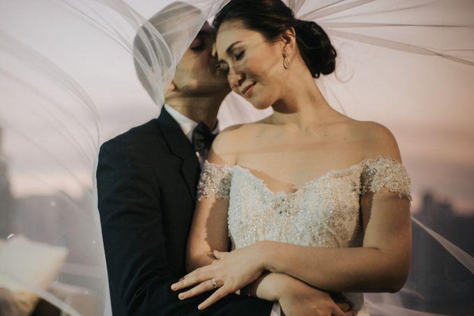 Yayaati and Sam Rooftop Wedding by James Morrison Photo - 042