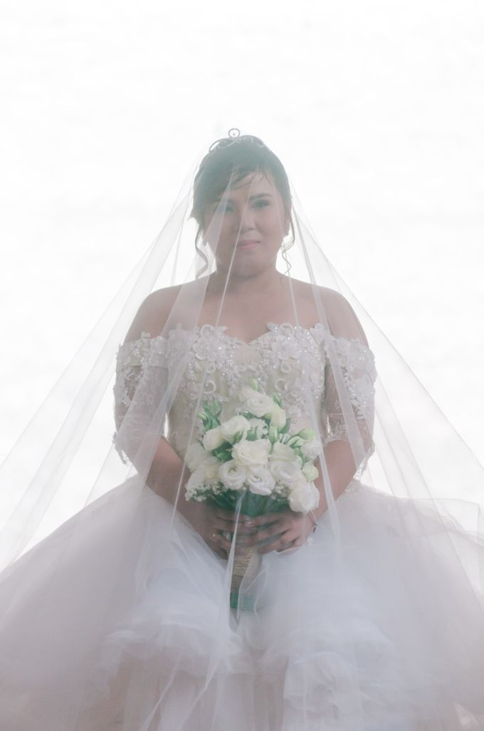 Jason and Dewie Wedding by Mozaic Creatives - 002