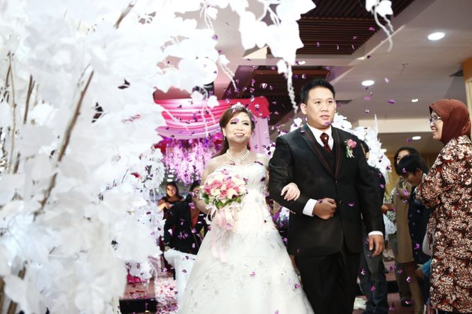 Wedding at gading premiere hall by X-Seven Entertainment - 006