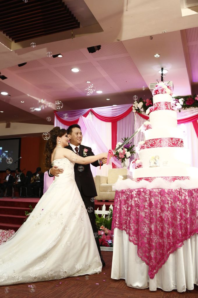 Wedding at gading premiere hall by X-Seven Entertainment - 007