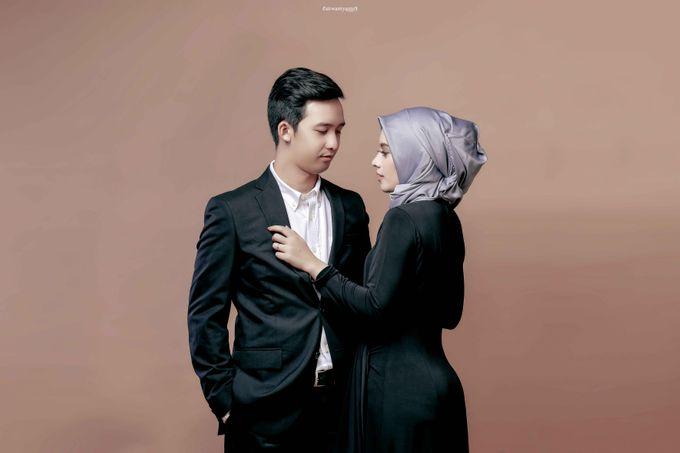 Studio Prewedding Ocha & Wisnu by airwantyanto project - 005