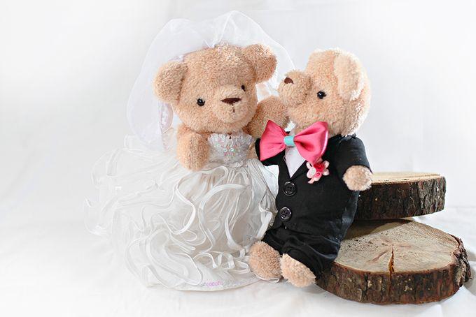 Glamorous wedding bear by Petite Crafts - 006