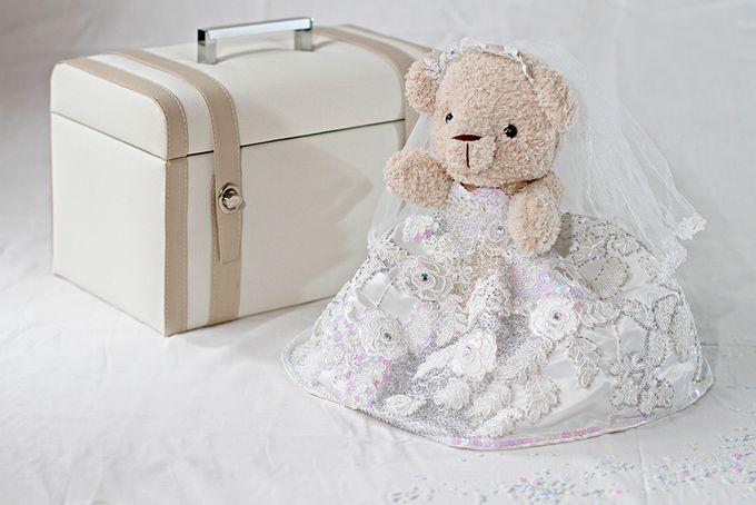 Glamorous wedding bear by Petite Crafts - 004