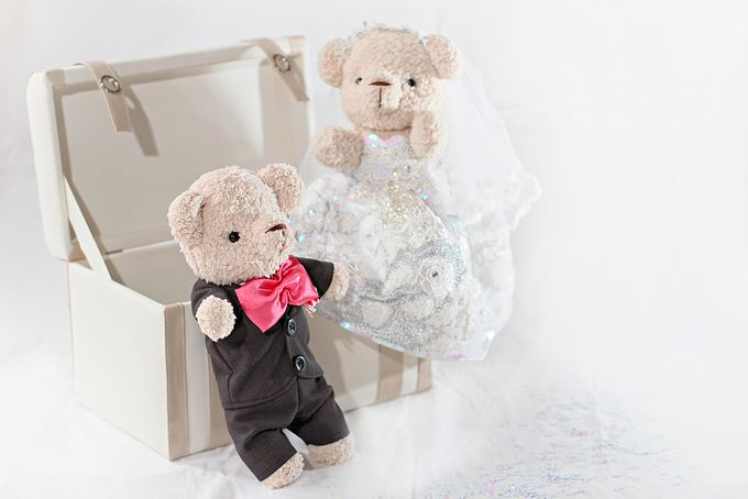 Glamorous wedding bear by Petite Crafts - 002