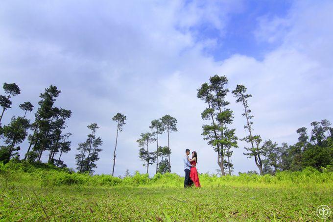 Anggun & Riyan Prewedding by MSB Photography - 030