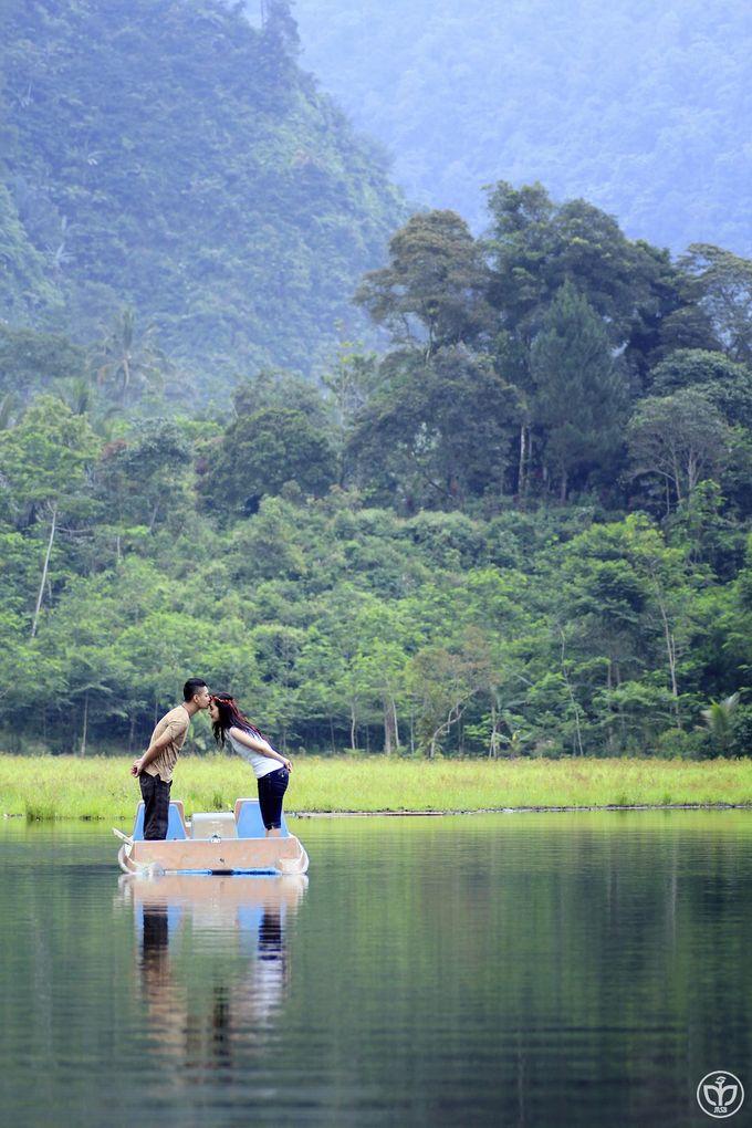 Anggun & Riyan Prewedding by MSB Photography - 035