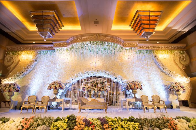 The Wedding of Ridwan & Cindy  Grand hyatt by The Swan Decoration - 002
