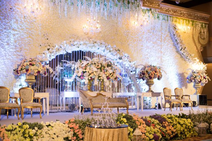 The Wedding of Ridwan & Cindy  Grand hyatt by The Swan Decoration - 006