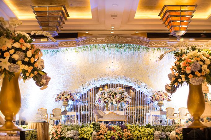 The Wedding of Ridwan & Cindy  Grand hyatt by The Swan Decoration - 007