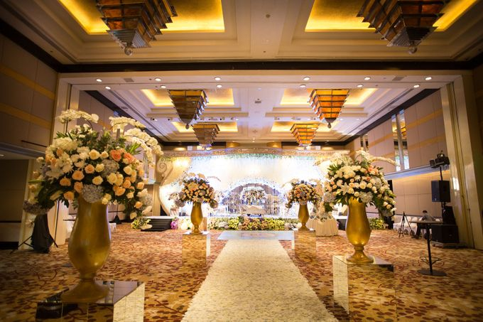 The Wedding of Ridwan & Cindy  Grand hyatt by The Swan Decoration - 008