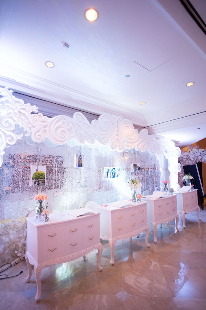 The Wedding of Ridwan & Cindy  Grand hyatt by The Swan Decoration - 010