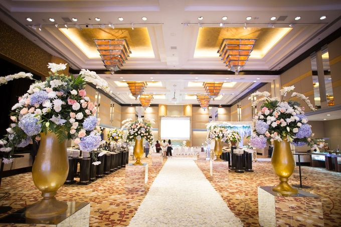 The Wedding of Ridwan & Cindy  Grand hyatt by The Swan Decoration - 011