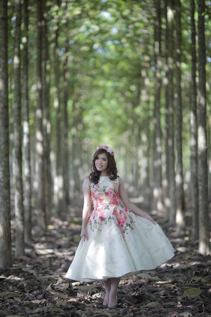 Prewedding Gown for Mrs Ribka by Yes I Do Photographer - 004