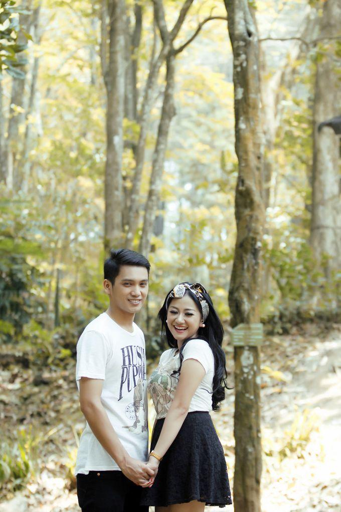 prewedding Ria + Irawan by twentyfour pictures - 003