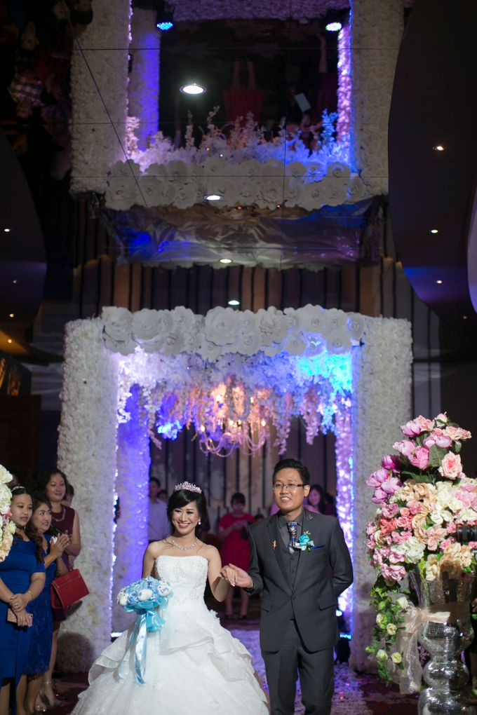 THE WEDDING OF BENNY AND SANNY by JS Wedding Planner Organizer and Entertainment - 006