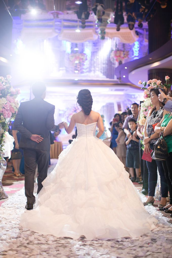 THE WEDDING OF BENNY AND SANNY by JS Wedding Planner Organizer and Entertainment - 007