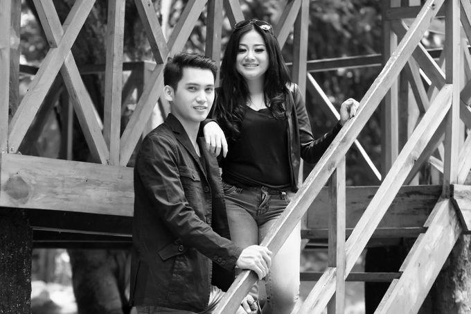 prewedding Ria + Irawan by twentyfour pictures - 005
