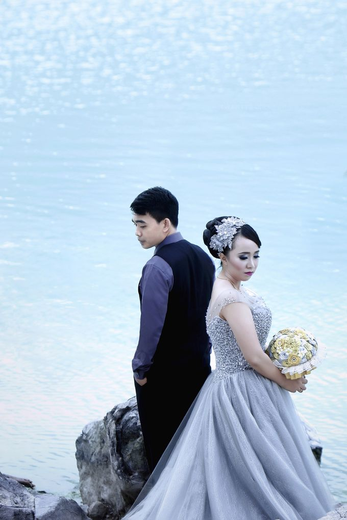 prewedding Rina + M Nursidik by twentyfour pictures - 010