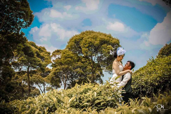 Ezra & Lingkan Prewedding session by PhiPhotography - 001