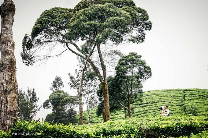 Ezra & Lingkan Prewedding session by PhiPhotography - 002